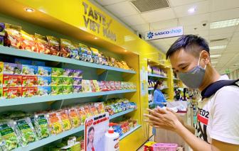 Unilever lắp đặt nước rửa tay khô tại sân bay Tân Sơn Nhất để phòng dịch