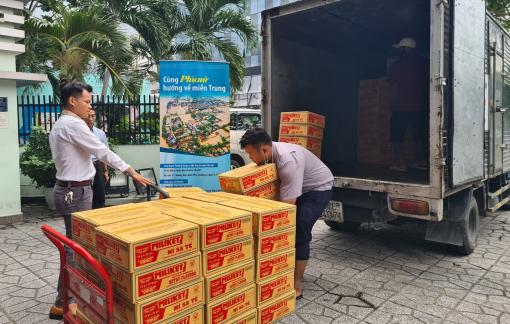 Các hãng hàng không vận chuyển miễn phí hàng cứu trợ đến các tỉnh miền Trung