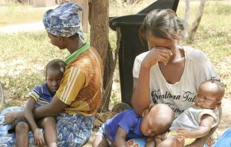 Ba tỷ người nghèo trên thế giới khó được chủng ngừa COVID-19