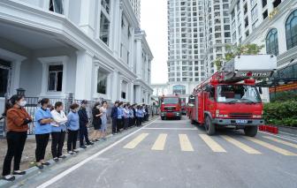 Cư dân Sunshine Riverside hào hứng tham gia tập huấn nghiệp vụ phòng cháy chữa cháy