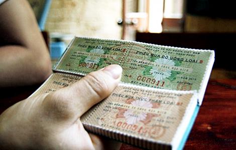 Mua hàng tem phiếu