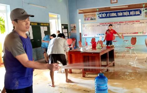 Nước rút đến đâu, dọn trường đến đó đón học sinh