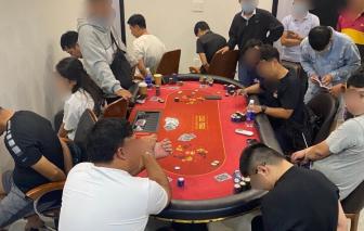 Phá sòng Poker có người ngoại quốc tham gia ở khu dân cư Palm Residence