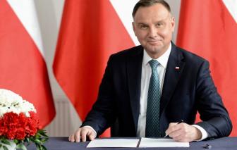 Tổng thống Ba Lan dương tính COVID-19