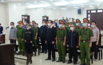 Nhiều bị cáo khai phải ký hồ sơ cho vay dưới sức ép của ông Trần Bắc Hà
