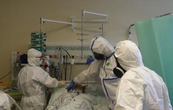 Mỹ gần nửa triệu ca mắc COVID-19 trong 7 ngày, WHO hối thúc châu Âu tăng tốc khống chế dịch bệnh