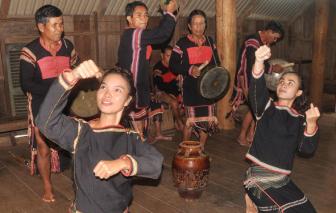 """Văn hóa cồng chiêng đang """"hồi sinh"""" ở Đắk Lắk"""