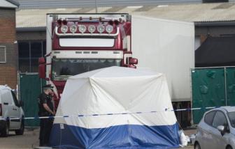 Tài xế làm gì khi phát hiện 39 người Việt chết trong xe container ở Anh?