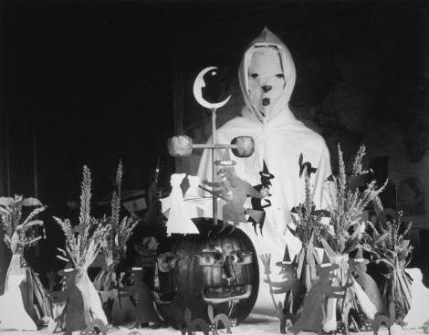 2.000 năm và những chuyển biến của trang phục Halloween