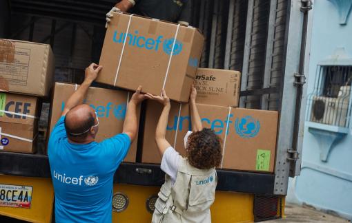 UNICEF dự trữ số lượng kim tiêm khổng lồ đón đầu vắc xin ngừa COVID-19