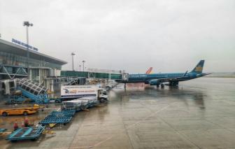 Khôi phục nhiều đường bay sau bão số 9