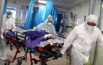 Y bác sĩ ở Anh đối mặt nguy cơ bạo hành từ người nhà bệnh nhân COVID-19