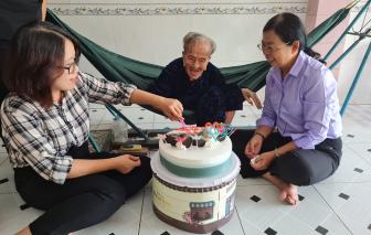 Mừng sinh nhật Mẹ Việt Nam Anh hùng tròn 100 tuổi