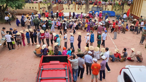 Công bằng nào trong chuyện thôn Ngọa Cương thu lại tiền cứu trợ của dân?