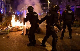 Mỹ vượt 9 triệu ca mắc COVID-19, Tây Ban Nha gia tăng bạo lực vì lệnh cách ly xã hội