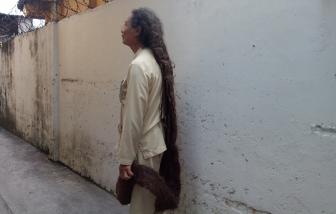 Mái tóc làm xôn xao đường Sài Gòn