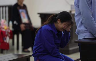 Vụ bạo hành con gái 3 tuổi đến chết: Đề nghị tù chung thân mẹ, tử hình bố dượng