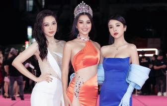 """Dàn hậu """"chặt đẹp"""" thảm đỏ Hoa hậu Việt Nam 2020"""