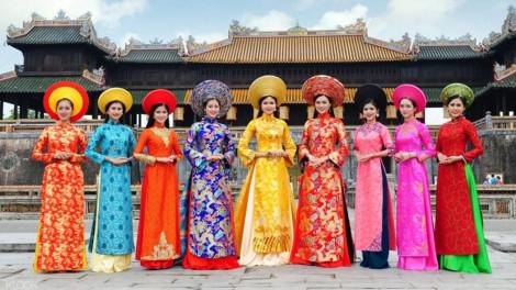 """""""Quốc phục"""" áo dài Việt trước nguy cơ bị ngộ nhận"""