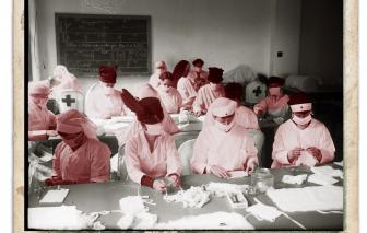 Người Mỹ tổ chức Lễ Tạ ơn 2020 giữa đại dịch, giống như họ đã làm năm 1918?