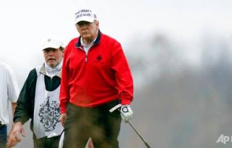 Tổng thống Trump chơi golf giữa hội nghị thượng đỉnh G20