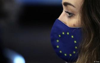 EU có thể tiêm vắc-xin ngừa COVID-19 vào dịp Giáng sinh