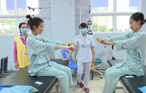Nhiều bệnh nhân ôm nợ do ngộ độc pate Minh Chay