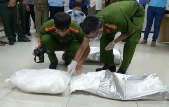 Bắt giữ hơn 30kg ma túy vận chuyển qua biên giới