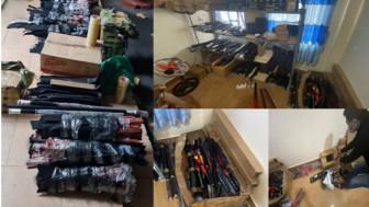Bắt thanh niên cầm đầu đường dây buôn vũ khí số lượng lớn ở TPHCM
