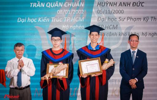 Vinh danh 85 thủ khoa đại học vượt khó