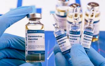 """Sau khủng hoảng dịch bệnh, liệu có """"khủng hoảng"""" vắc-xin COVID-19?"""