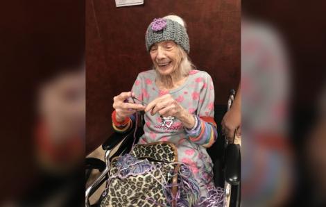 Cụ bà 102 tuổi 2 lần sống sót sau khi mắc COVID-19