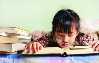 Nhiều trẻ phải điều trị tâm lý do áp lực từ trường lớp