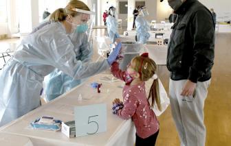 WHO cảnh báo tác dụng phụ của vắc-xin COVID-19