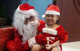 Dịch vụ thuê ''ông già Noel'' tặng quà ế ẩm