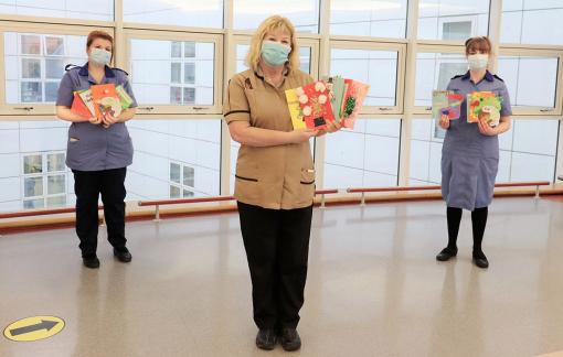 Cùng bệnh nhân đón Giáng sinh trong bệnh viện