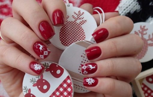 Những kiểu móng tay đẹp, dễ thực hiện cho lễ Giáng sinh
