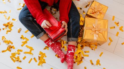 Chọn quà Giáng sinh: Mẹ vất vả để con tin vào ông già Noel