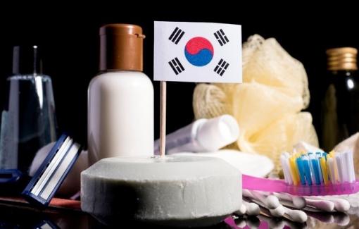 """Ngành công nghiệp mỹ phẩm """"tỷ đô"""" của Hàn Quốc suy sụp vì đại dịch"""