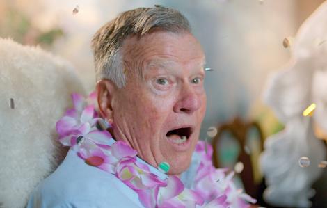 """""""Dick Johnson is Dead"""": Khúc hoan ca lạ thường về cái chết"""