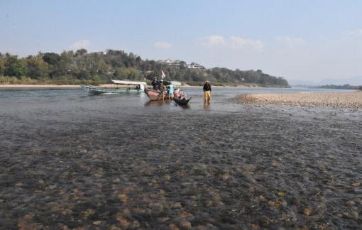 Đập nước Trung Quốc thu hẹp 50% dòng chảy sông Mê Kông