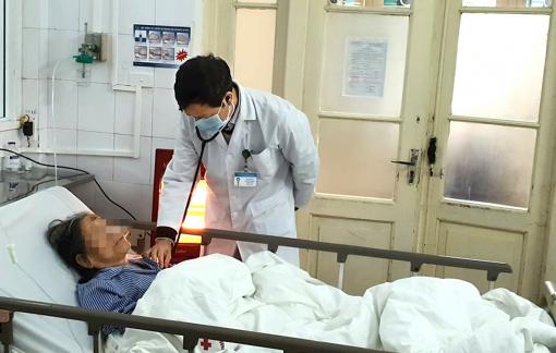 Nhiều người già nhập viện trong đợt rét kỷ lục ở Hà Nội
