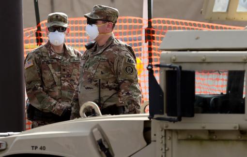 Mỹ điều vệ binh bảo vệ lễ nhậm chức của ông Biden làm chậm việc phân phối vắc-xin