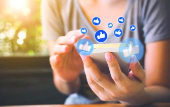 """Facebook và nỗi ám ảnh về """"những cuộc chiến"""""""