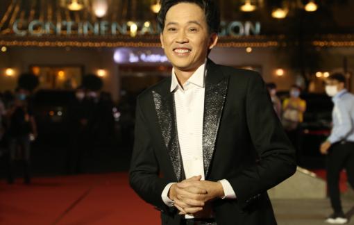 Nghệ sĩ Hoài Linh mong sân khấu tiếp tục sáng đèn trong năm 2021