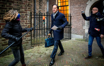 """Chính phủ Hà Lan từ chức tập thể vì """"dính"""" bê bối liên quan đến phúc lợi trẻ em"""