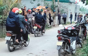 Nghệ An: Vợ nằm gục trên nền nhà, chồng và con nhỏ chết cháy trong nhà tắm