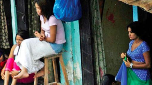 Ấn Độ: Gái bán hoa ở phố đèn đỏ - Nạn nhân bất đắc dĩ của COVID-19