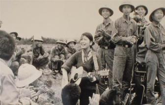 Nữ danh ca Yokoi Kumiko qua đời, người dân Việt Nam tiếc thương người bạn