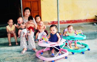 Quên tuổi xuân và hạnh phúc riêng để nuôi con người khác